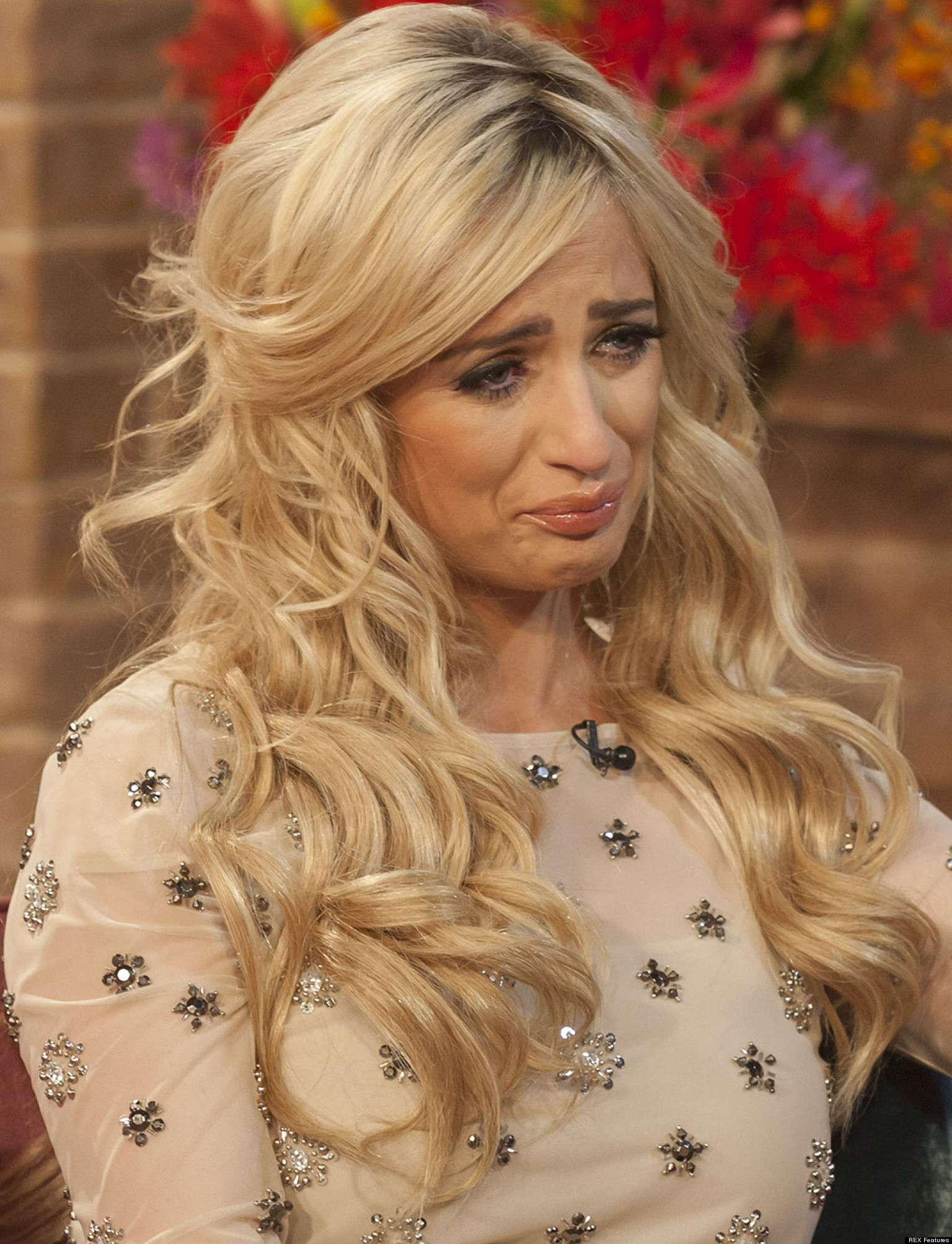 Chantelle Houghton Opens Up About Her Split With Alex Reid On This Morning... Says She's Been 'To Hell And Back' - o-CHANTELLE-HOUGHTON-facebook