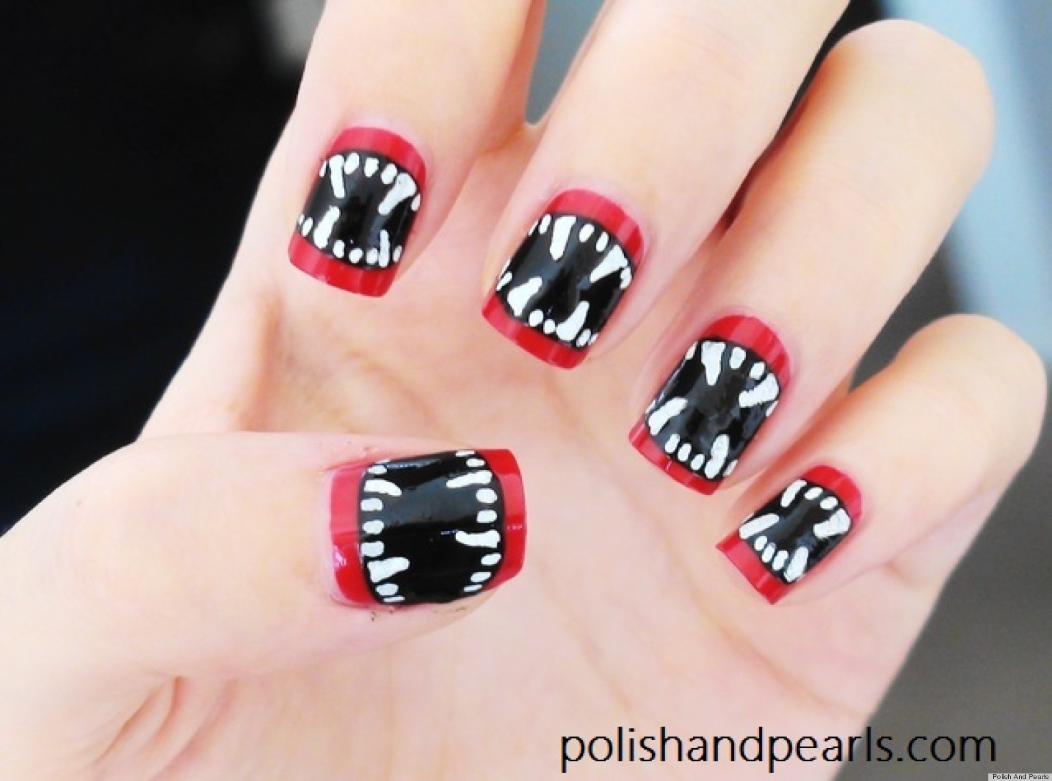 diy nail art halloween inspired vampire fangs manicure video. Black Bedroom Furniture Sets. Home Design Ideas