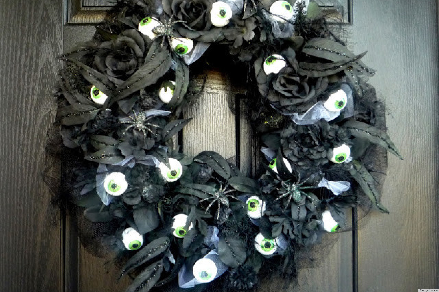 Halloween decorations that are hot on pinterest a spooky for Pinterest crafts for home decor