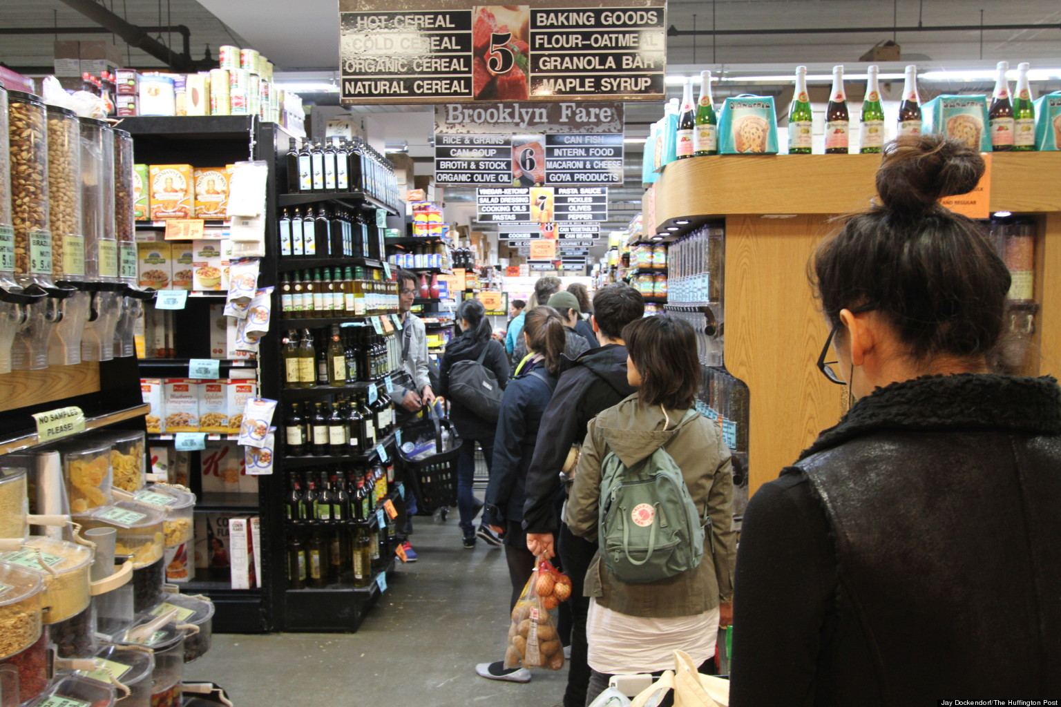 Hurricane Sandy Shoppers Create Storm Of Their Own At New York City Supermarkets Huffpost