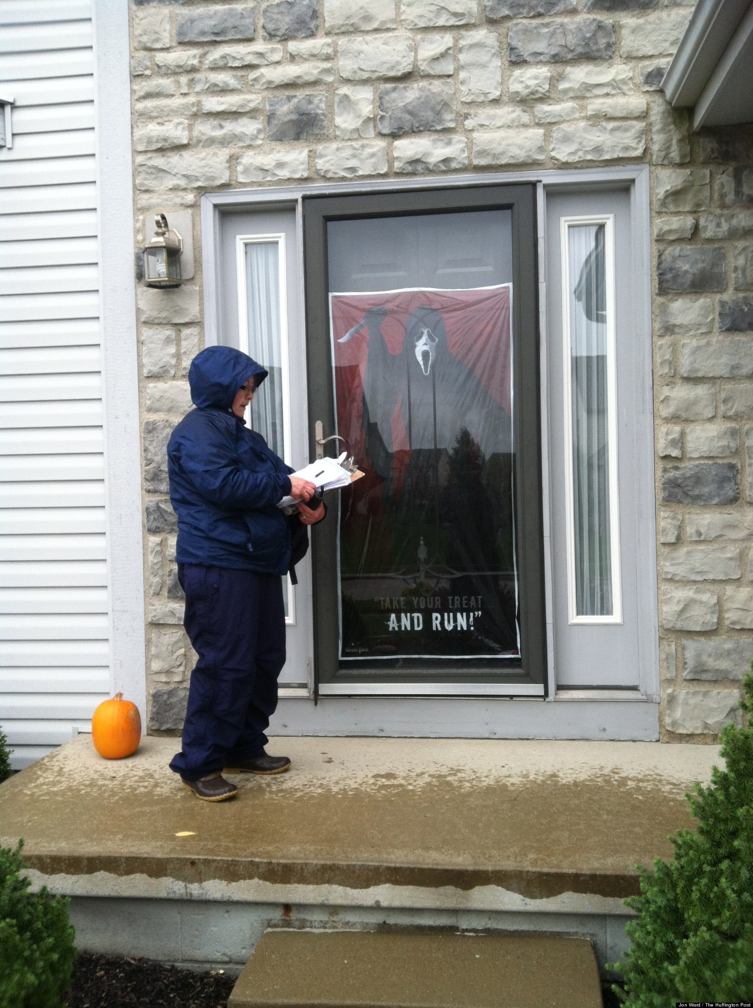 Romney Obama Campaigns In Ohio Take Different Approaches