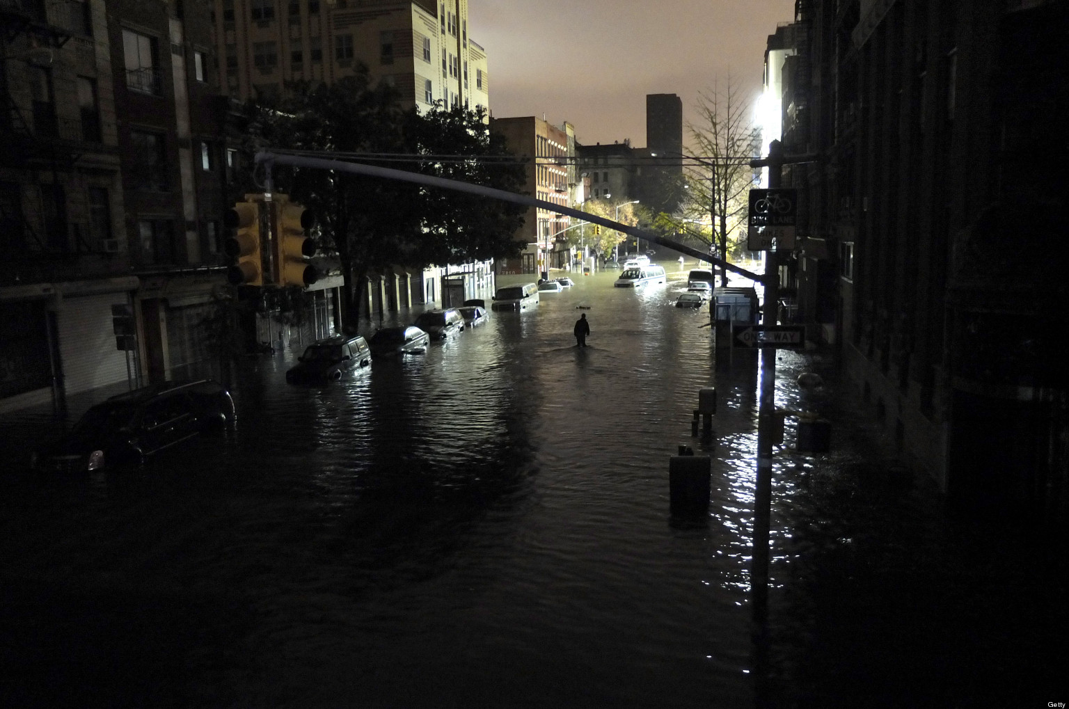 super storm sandy Editorial reviews review praise for superstorm superstorm exhumes a  recent epic disaster from our denial-shortened memories and slams it back  where it.