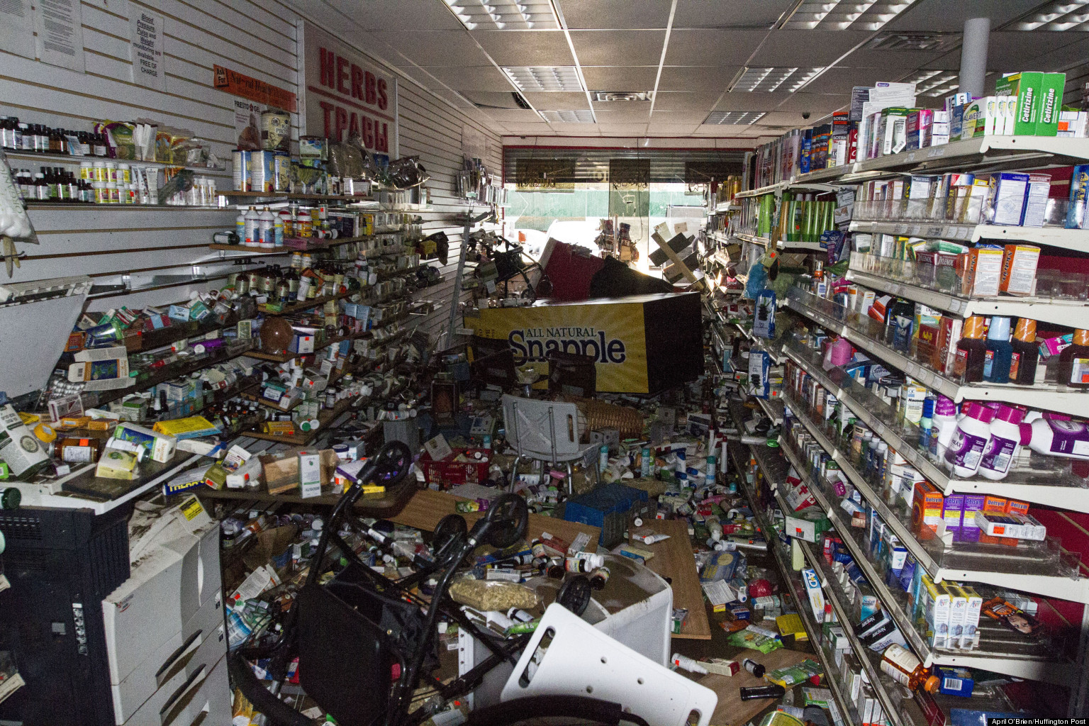 Looting After A Hurricane It S Not About The Bread Huffpost