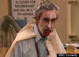 Last-Minute Halloween Costume Idea: Alan Partridge's Zombie (VIDEO)