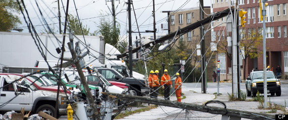 HURRICANE SANDY CANADA TORONTO OUTAGES