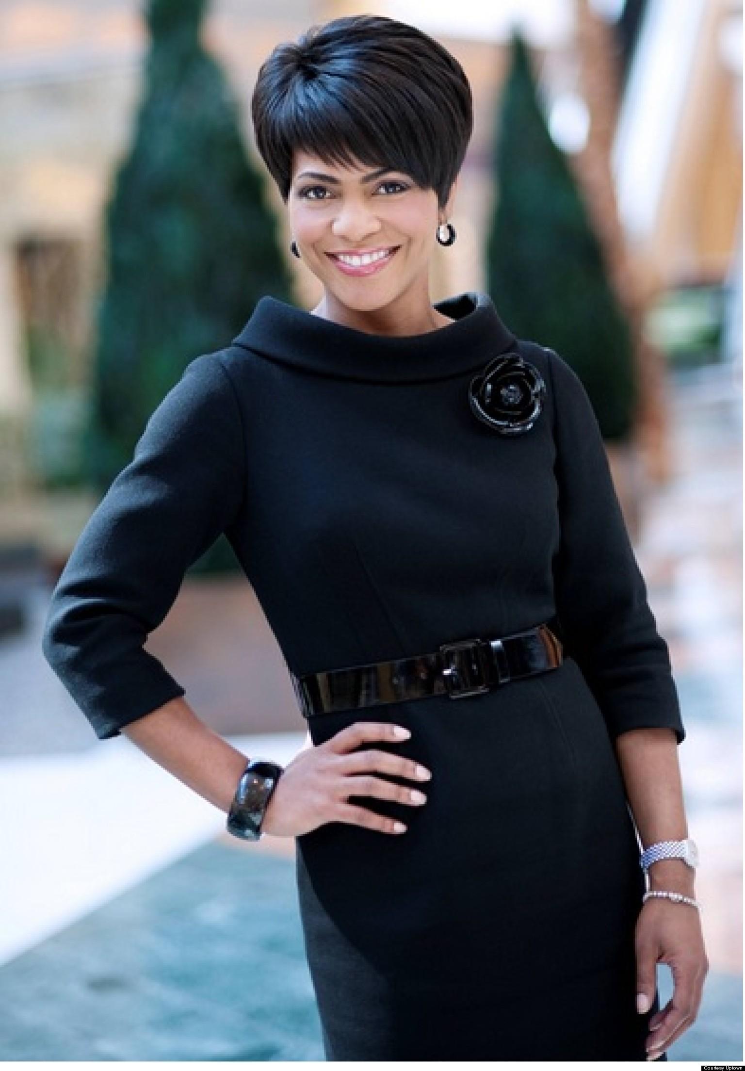rhonda walker  detroit news anchor  uses tv platform to