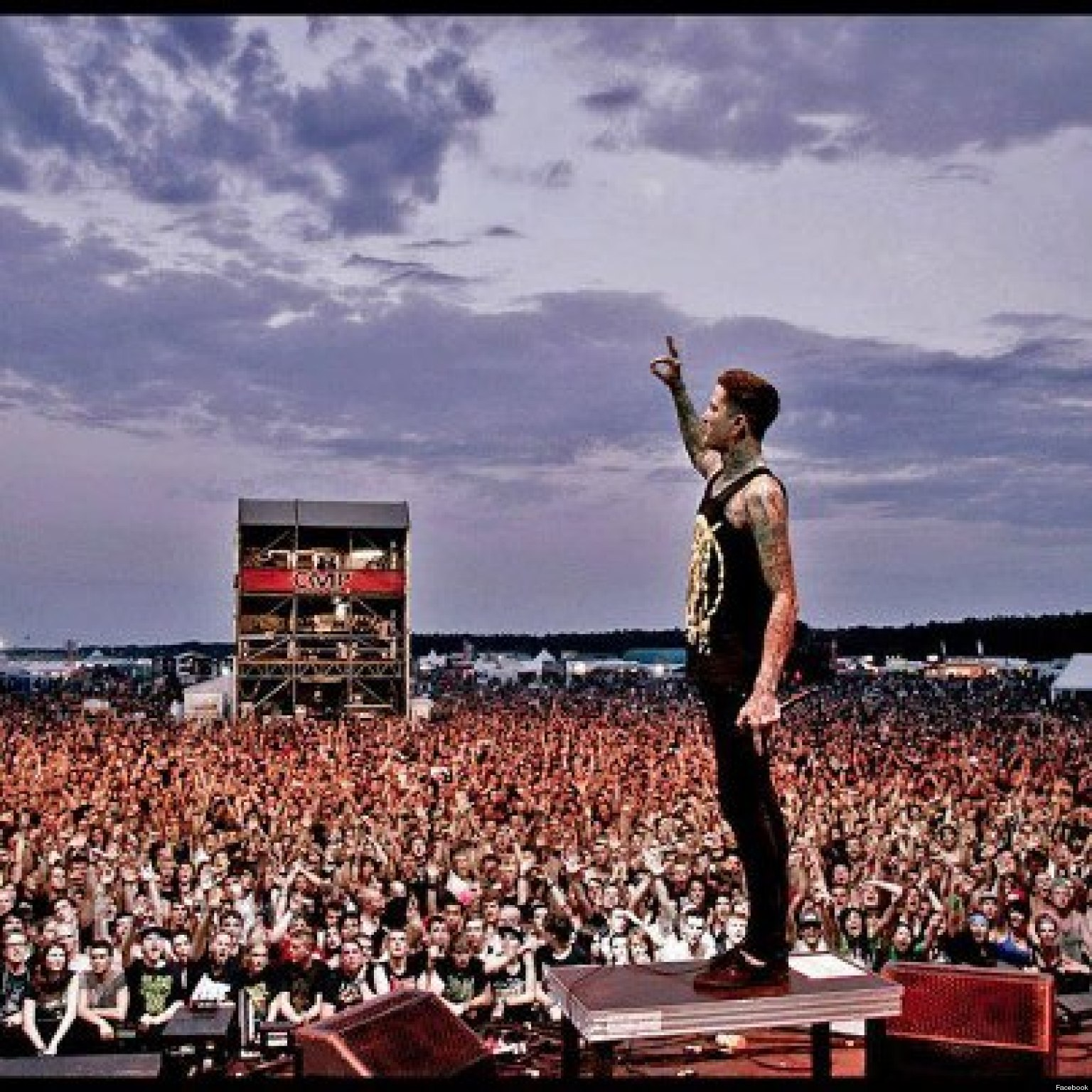 Mitch Lucker Dead: Suicide Silence Frontman Killed In ...