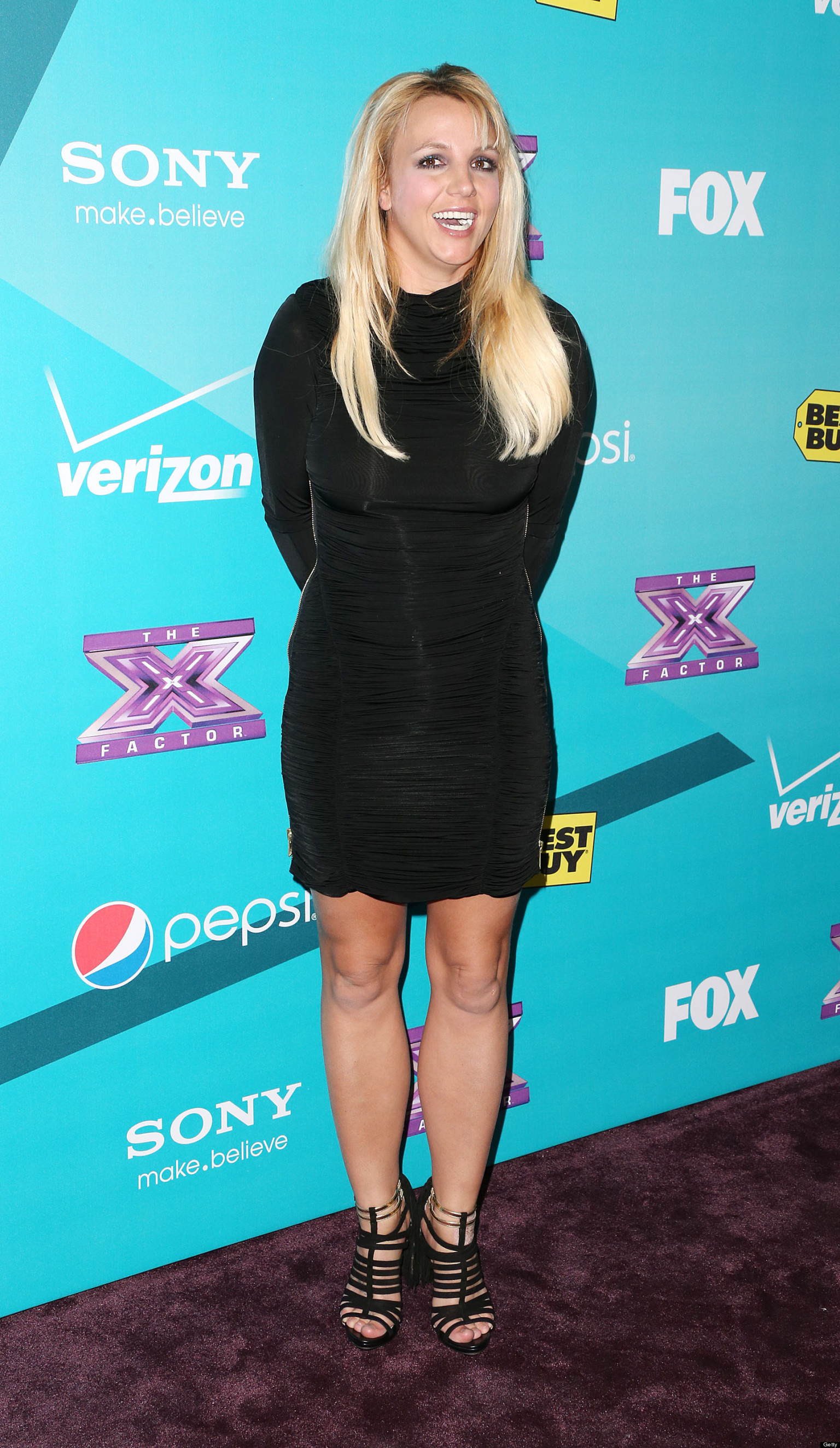Britney Spears Chewing Gum: Singer Is Serial Red Carpet ... бритни спирс