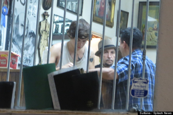 ... New Tattoo: One Direction Singer Spotted At LA Tattoo Parlor (PHOTOS