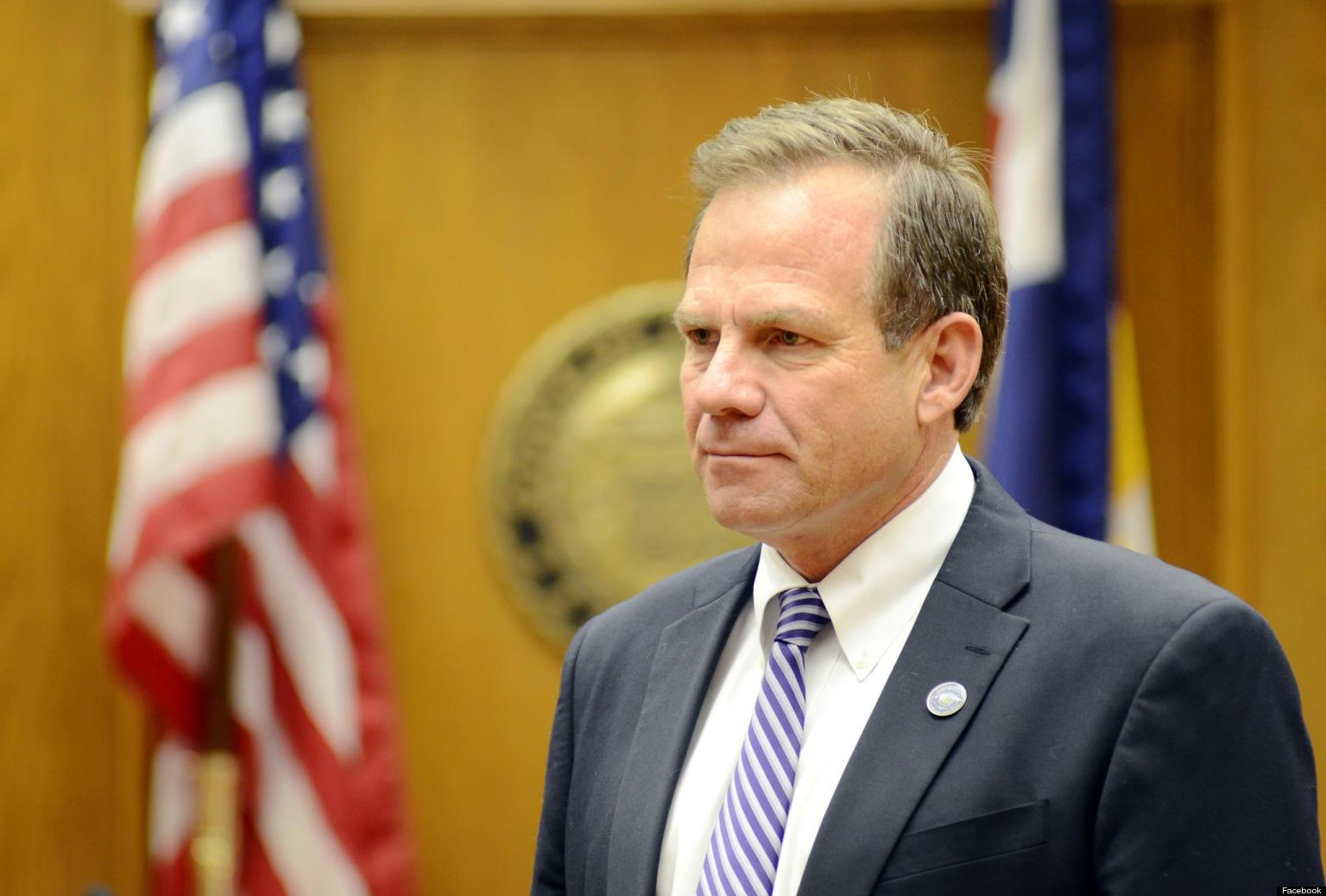 KSTP's Hubbard as free with political opinions as he is with campaign donations