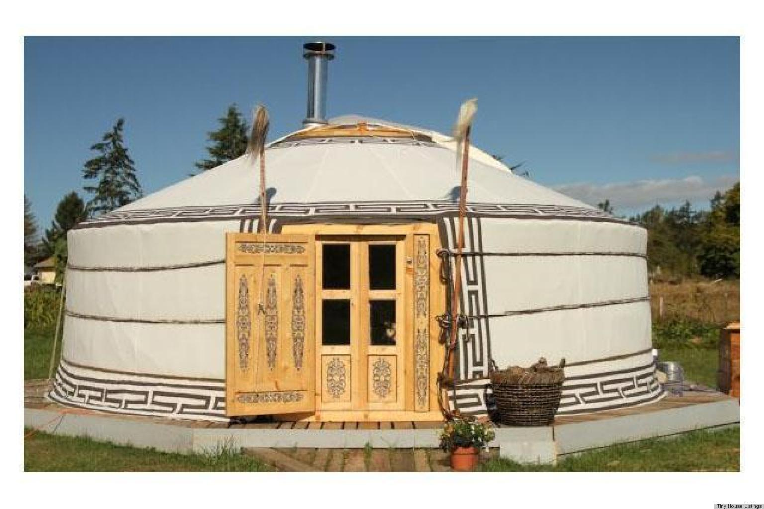 Tiny homes authentic mongolian yurt for sale photos for Traditional small homes