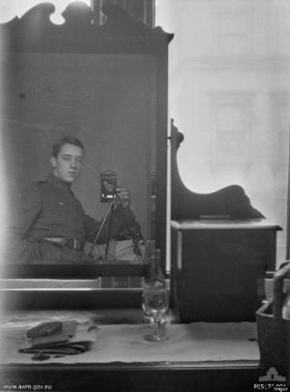 thomas baker mirror selfie