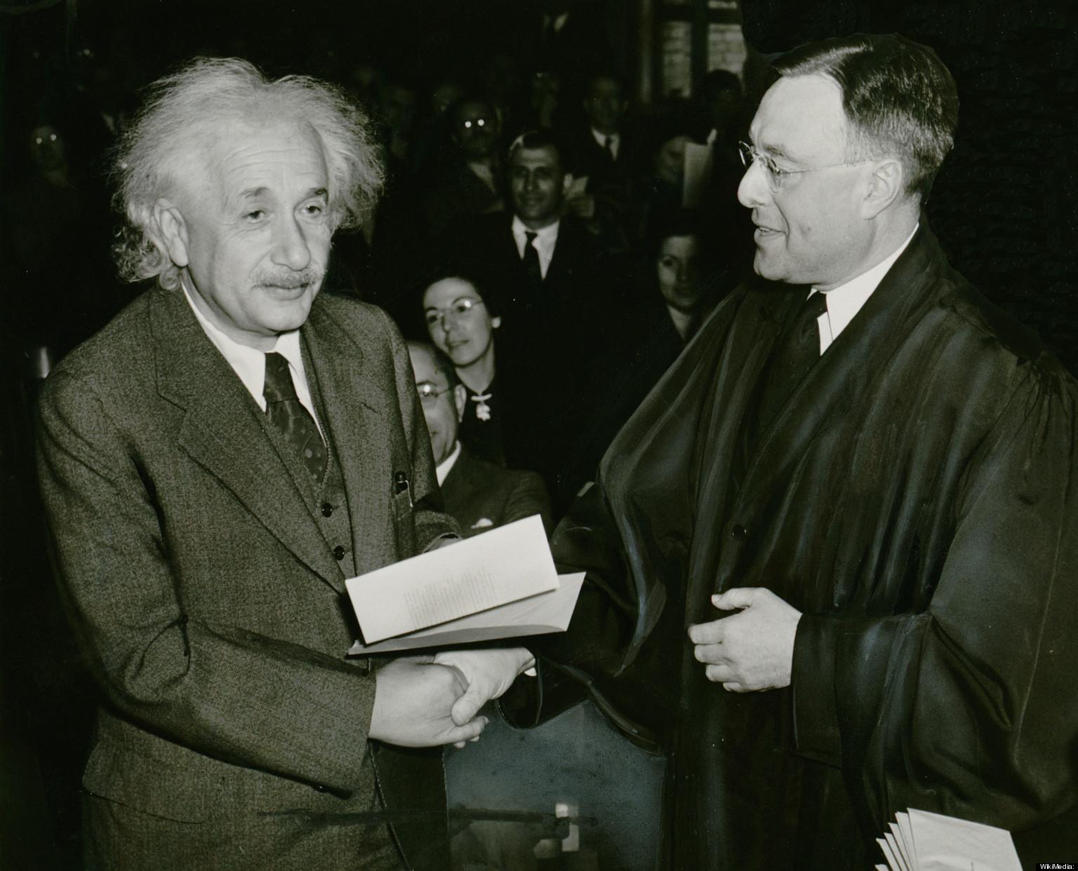 Albert Einstein   Biography, Education, Discoveries ...