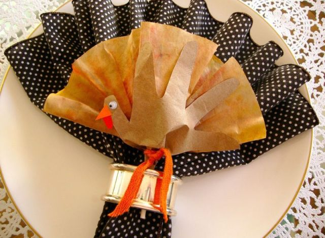 Napkin Folding Ideas: A Cute Turkey-Inspired Craft For Your ...