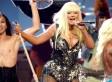 Christina Aguilera's Pantless Outfit At American Music Awards (PHOTO)