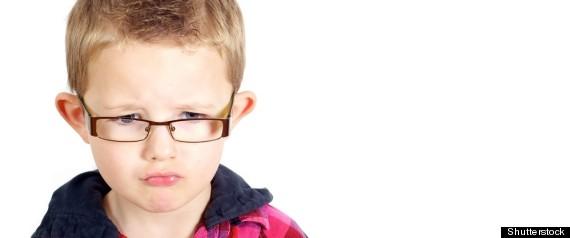 les maux de t te chez l 39 enfant ne signifient pas forc ment qu 39 il a besoin de lunettes photos. Black Bedroom Furniture Sets. Home Design Ideas