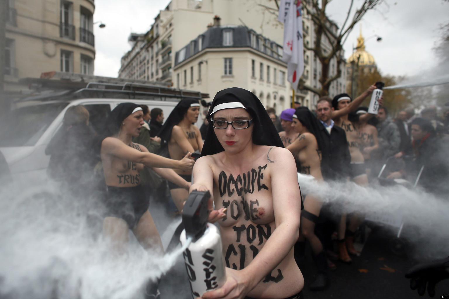 o-FEMEN-CIVITAS-facebook