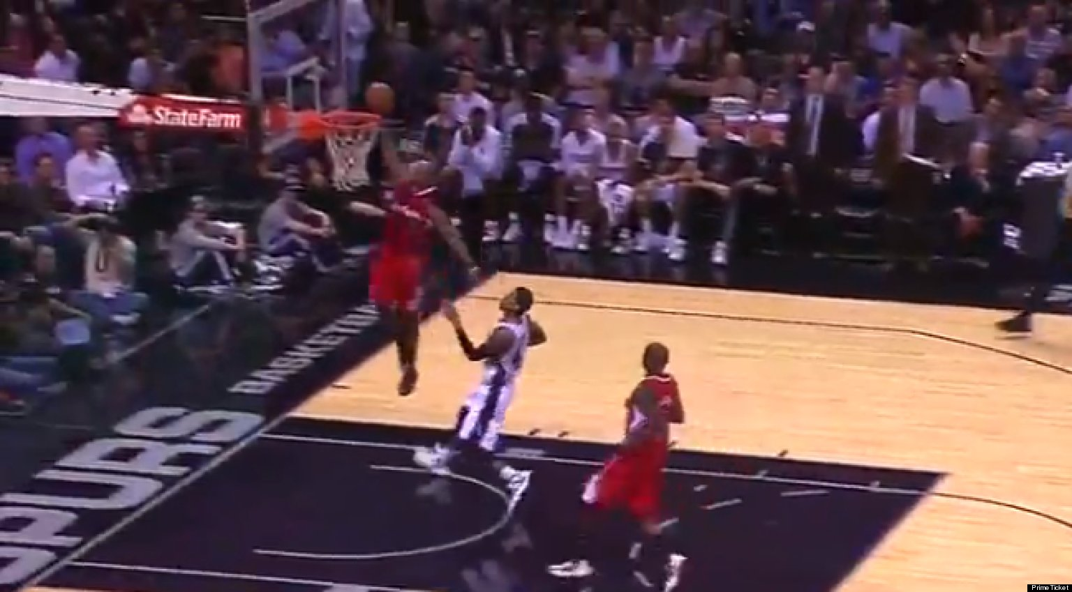 chris paul dunk clippers point guard throws down vs