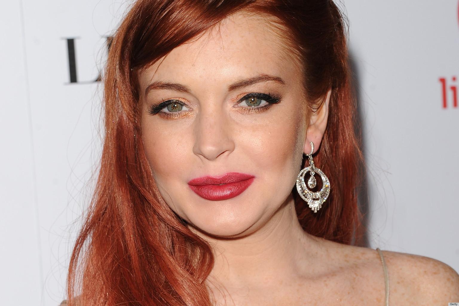 Lindsay lohan red lips this
