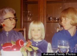PHOTOS: 12 Families Who More Awkward Than Yours