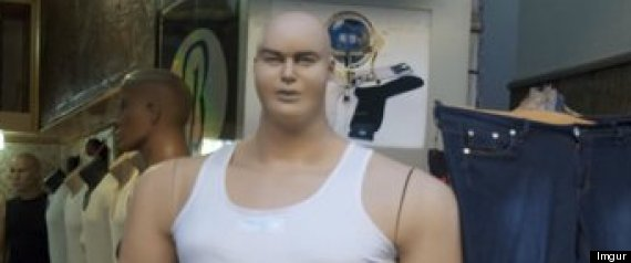 REDDIT HORRIFIED OBESE MANNEQUINS