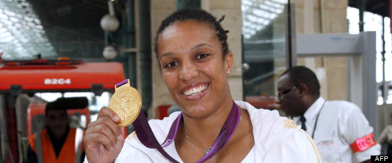 LUCIE DECOSSE MEDAILLE