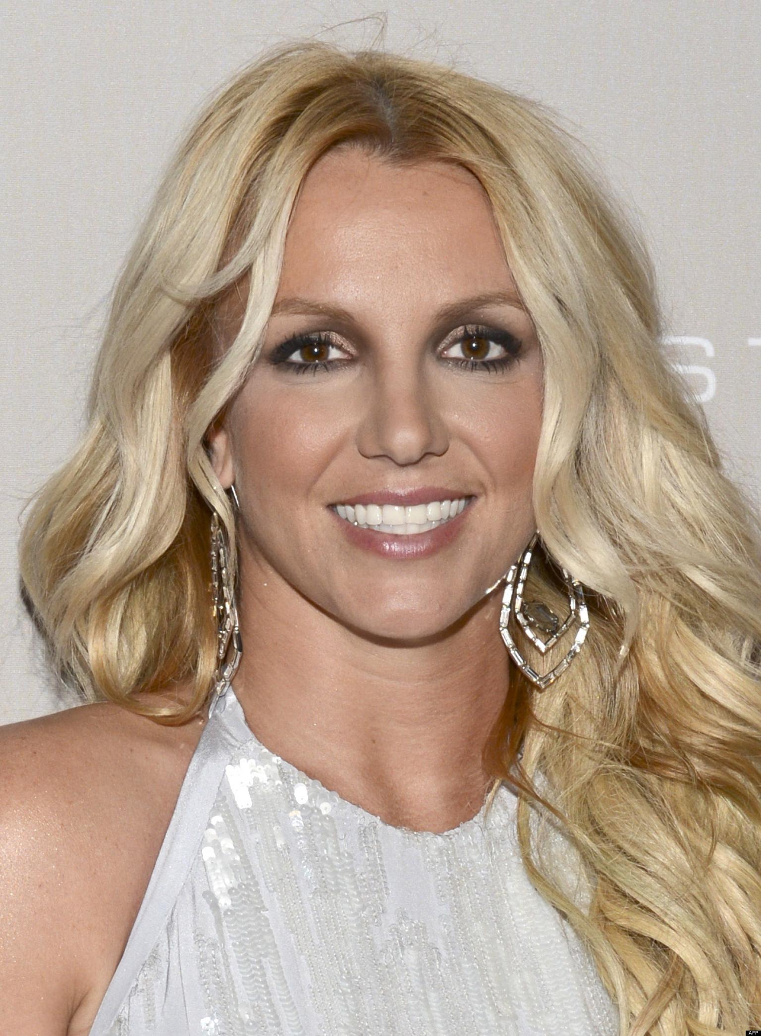 PHOTOS. La nouvelle maison de Britney Spears: 5 chambres ... Britney Spears