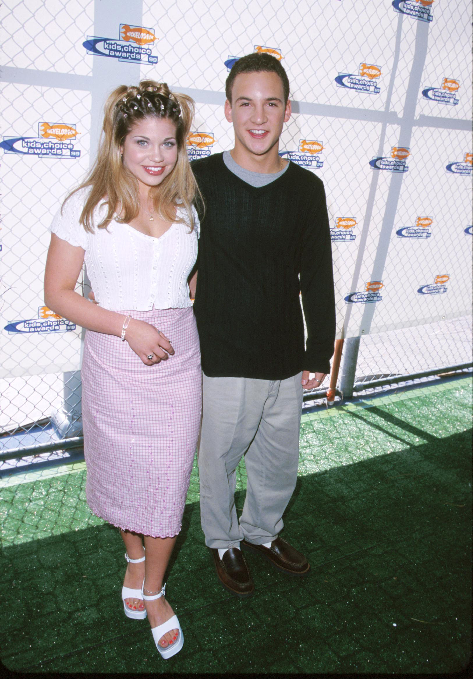 Boy Meets World Star Danielle Topanga Fishel And Her 90s Style Photo Huffpost Life