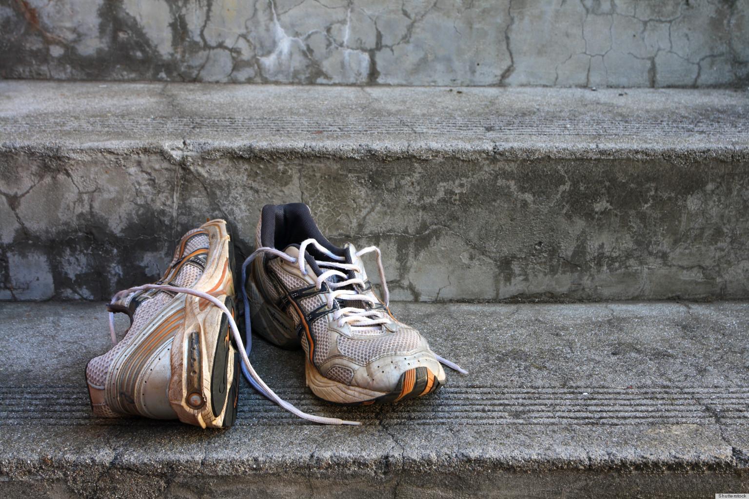 mauvaises odeurs comment d sodoriser des chaussures qui sentent mauvais. Black Bedroom Furniture Sets. Home Design Ideas