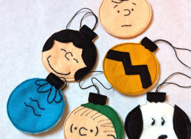 holiday craft ideas - Charlie Brown Christmas Decorating Ideas