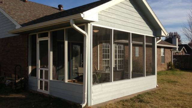 How To Diy A Screened In Patio For Only 500 Photos