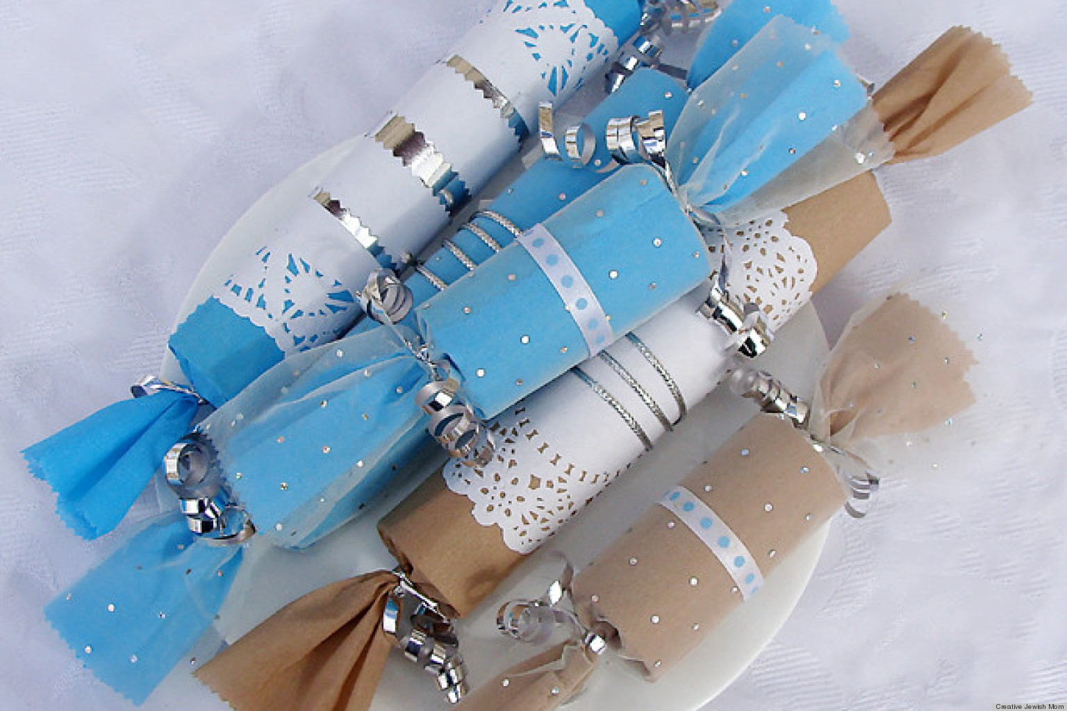 Hanukkah craft ideas make party favors out of toilet for Handicraft making ideas