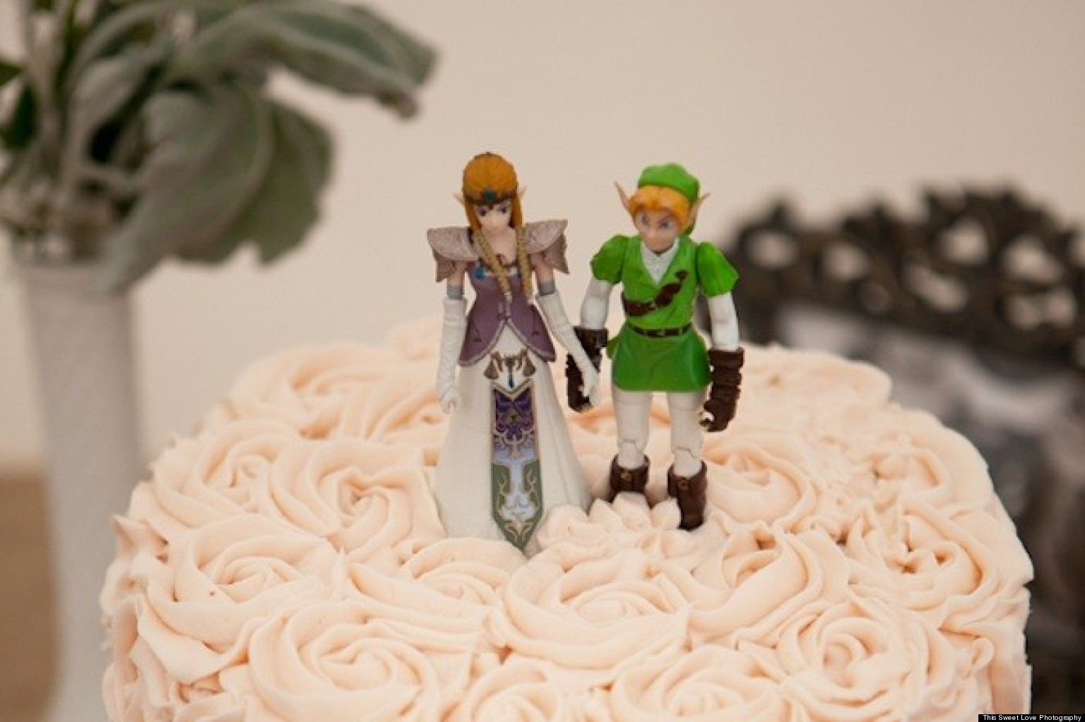 Real wedding quirky diy nuptials inspired by the legend for Legend of zelda wedding dress