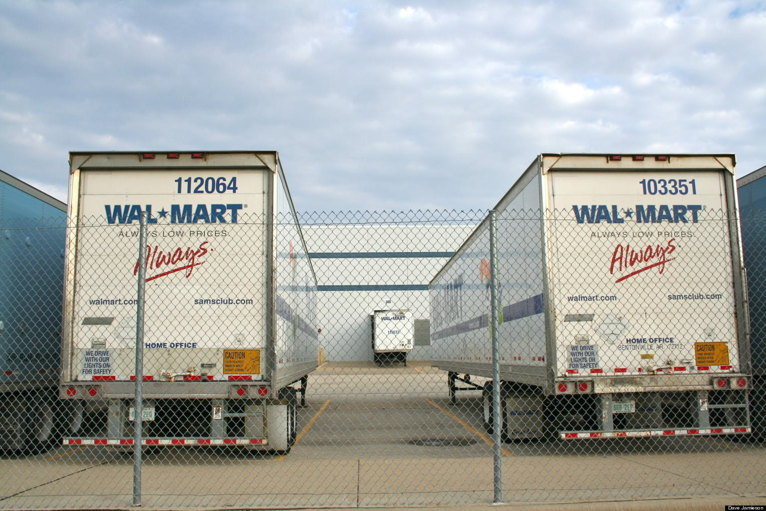 Warehouse Workers Move To Name Walmart In Wage Theft Lawsuit