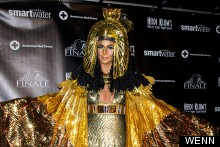 Walk Like An Egyptian: Heidi Klum Is Outrageous Cleopatra For Belated Halloween Bash