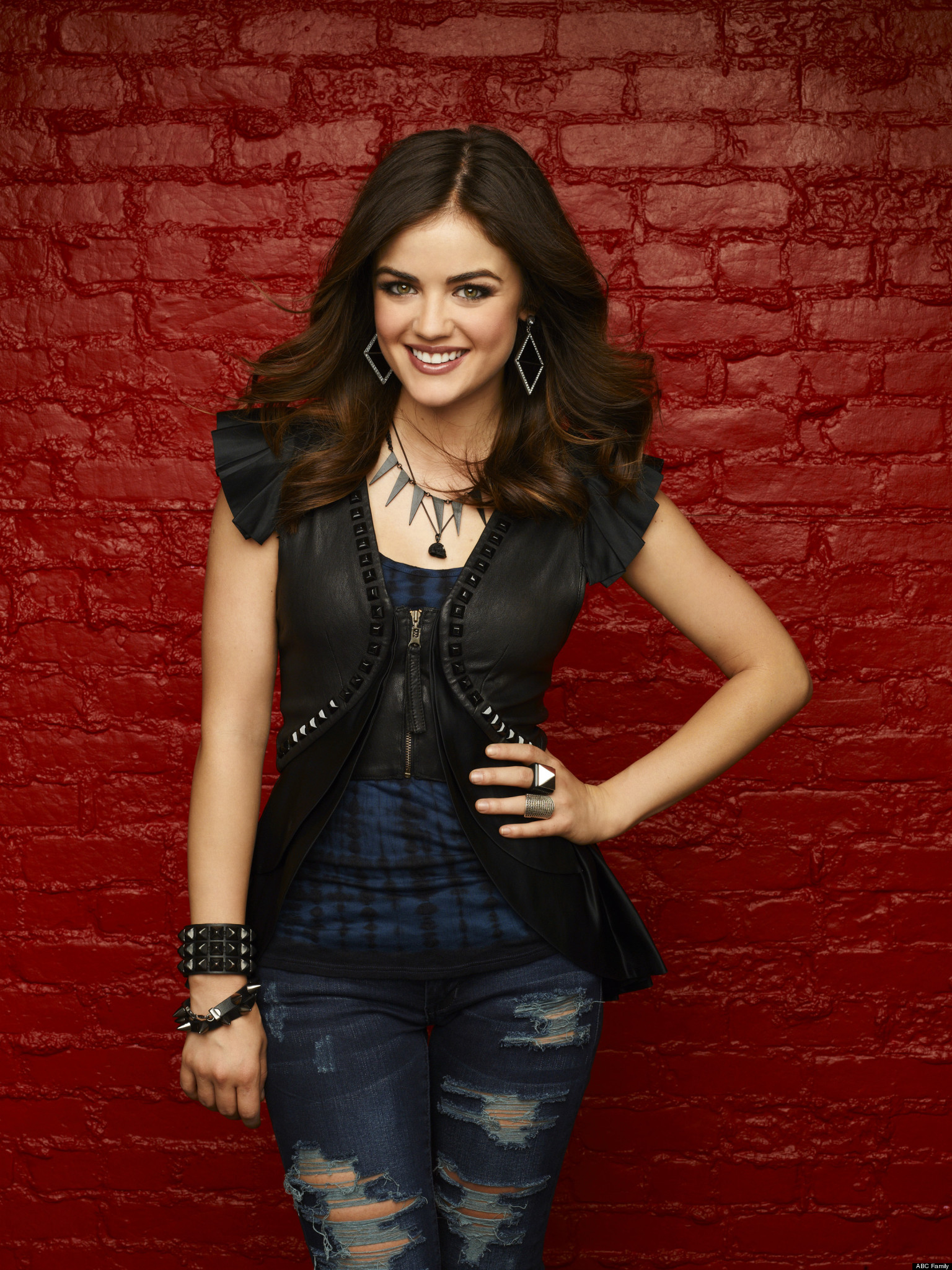 Who Is A On Pretty Little Liars Lucy Hale Says Who