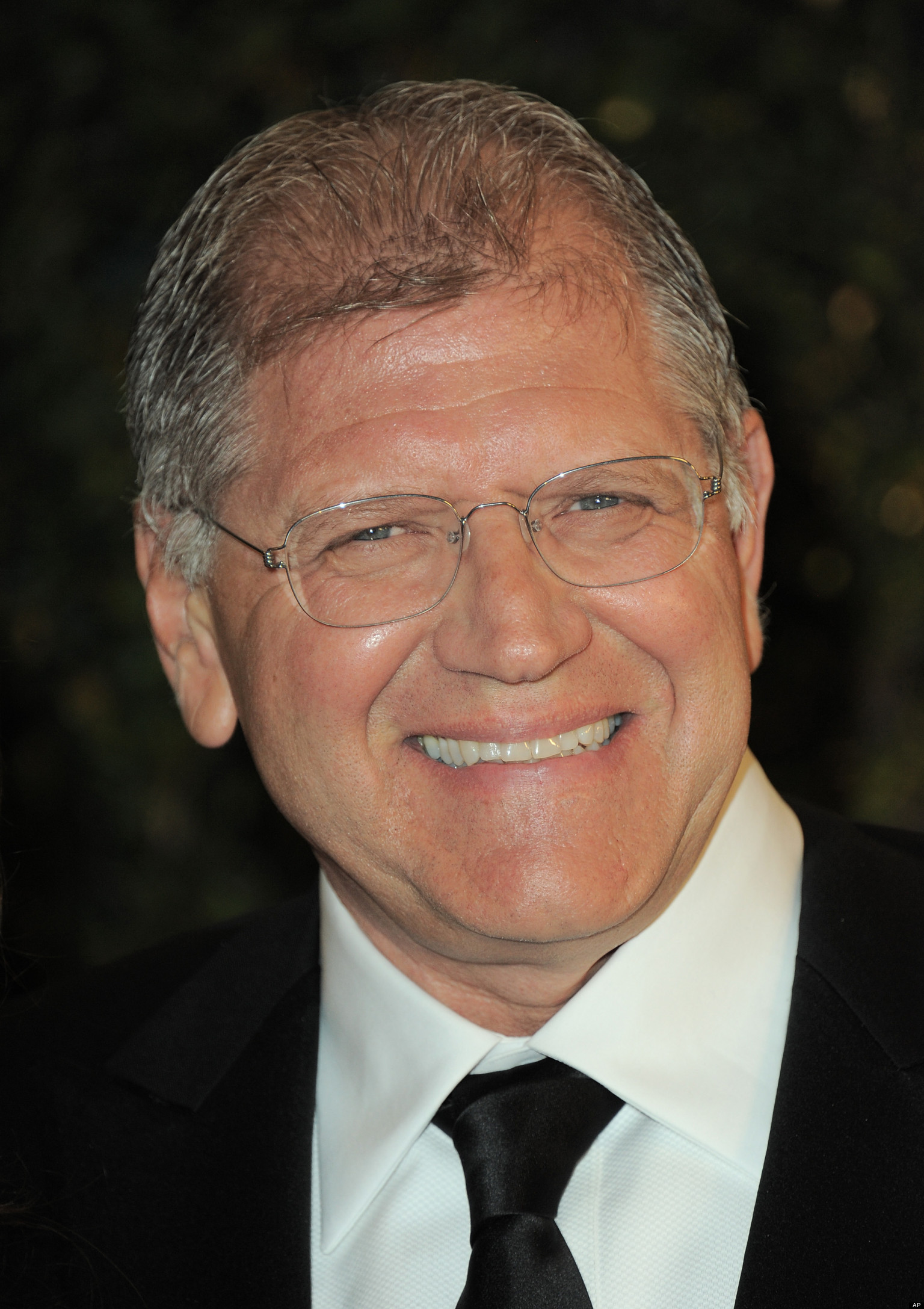 The 66-year old son of father Alphonse Zemeckis and mother Rose Zemeckis, 183 cm tall Robert Zemeckis in 2018 photo