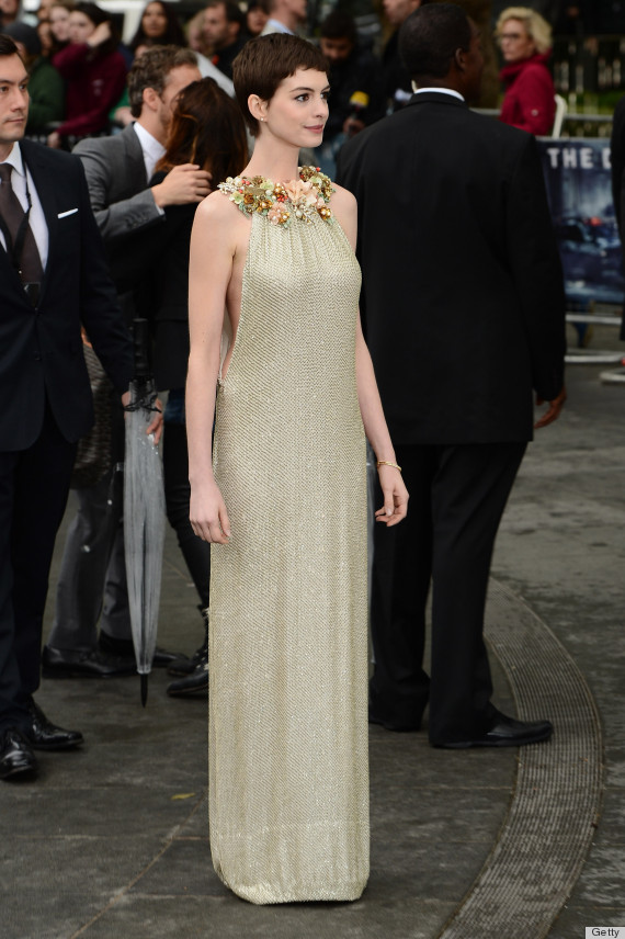Anne Hathaway\'s Dress At The \'Les Miserables\' London Premiere Is ...