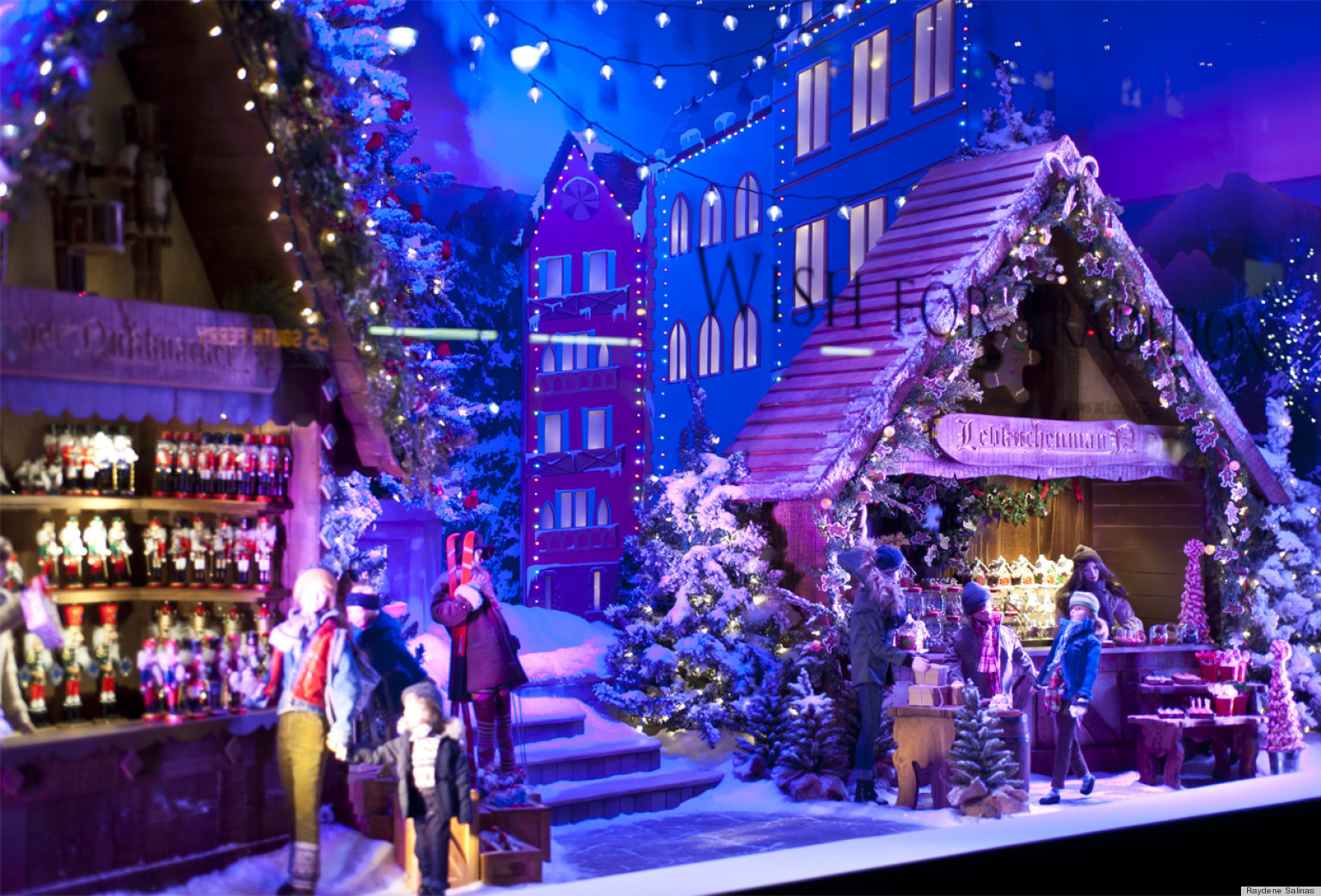 Christmas Window Display Ideas Stores O-store-holiday-window