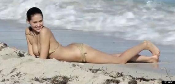 hana nitsche bikini