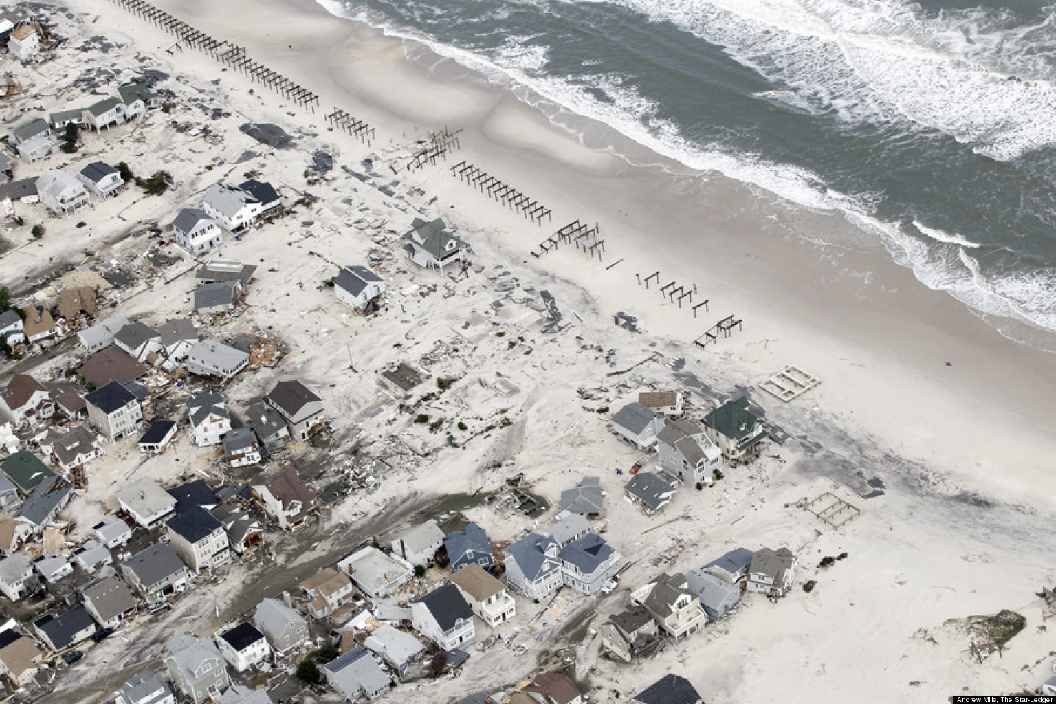 hurricane sandy essay Hurricane sandy was a tropical cyclone that devastated portions of the caribbean, mid-atlantic and northeastern united states in late october 2012 the eighteenth named storm and tenth hurricane of the 2012 atlantic hurricane season, sandy was the largest atlantic hurricane on record, as measured by.