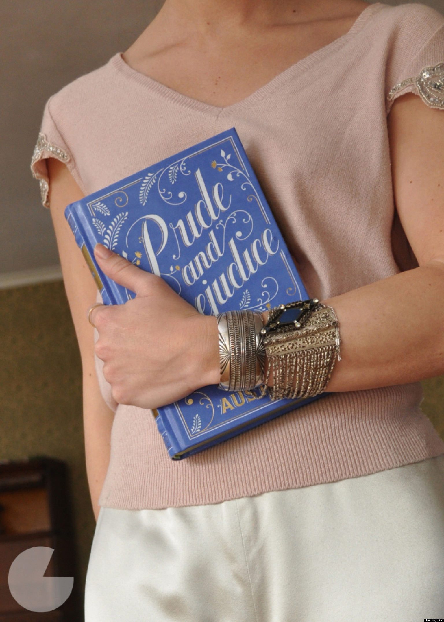 Holiday DIY Ideas: This Easy Book Clutch Makes A Perfect ...