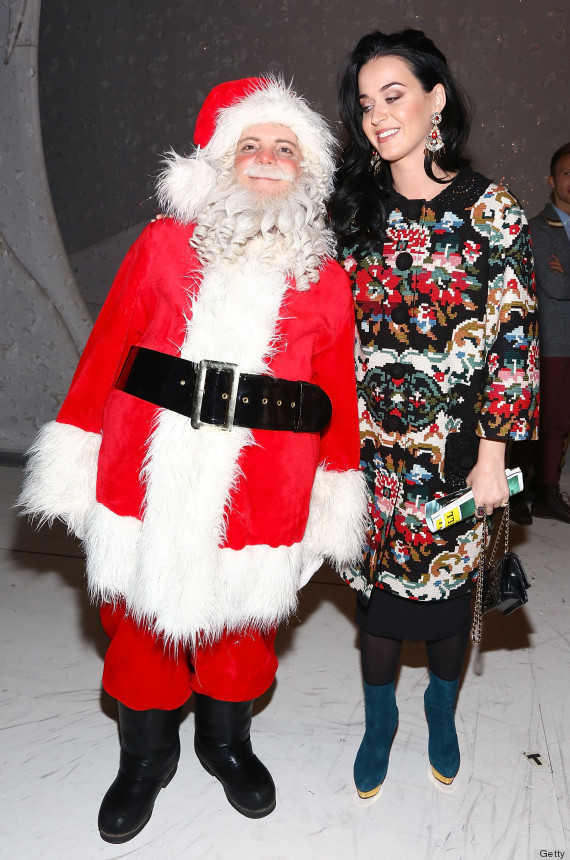Katy Perry Takes Ugly Christmas Sweater Trend To New Level (PHOTOS ...