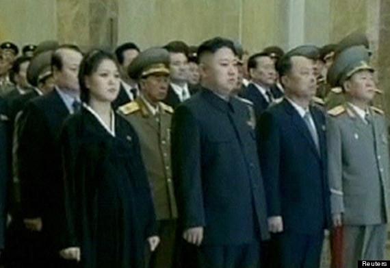 north korea kim jong un ri sol ju pregnant