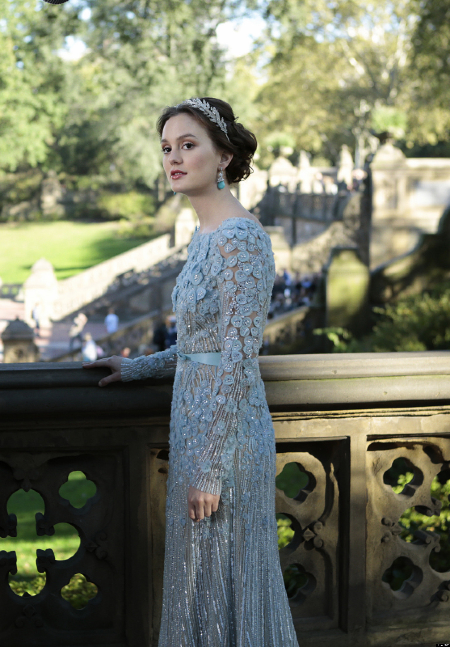 39 gossip girl 39 final episode creator stephanie savage for Last season wedding dresses