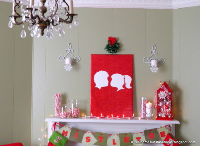 Christmas craft ideas kissing under the mistletoe for Arts and crafts christmas decoration ideas