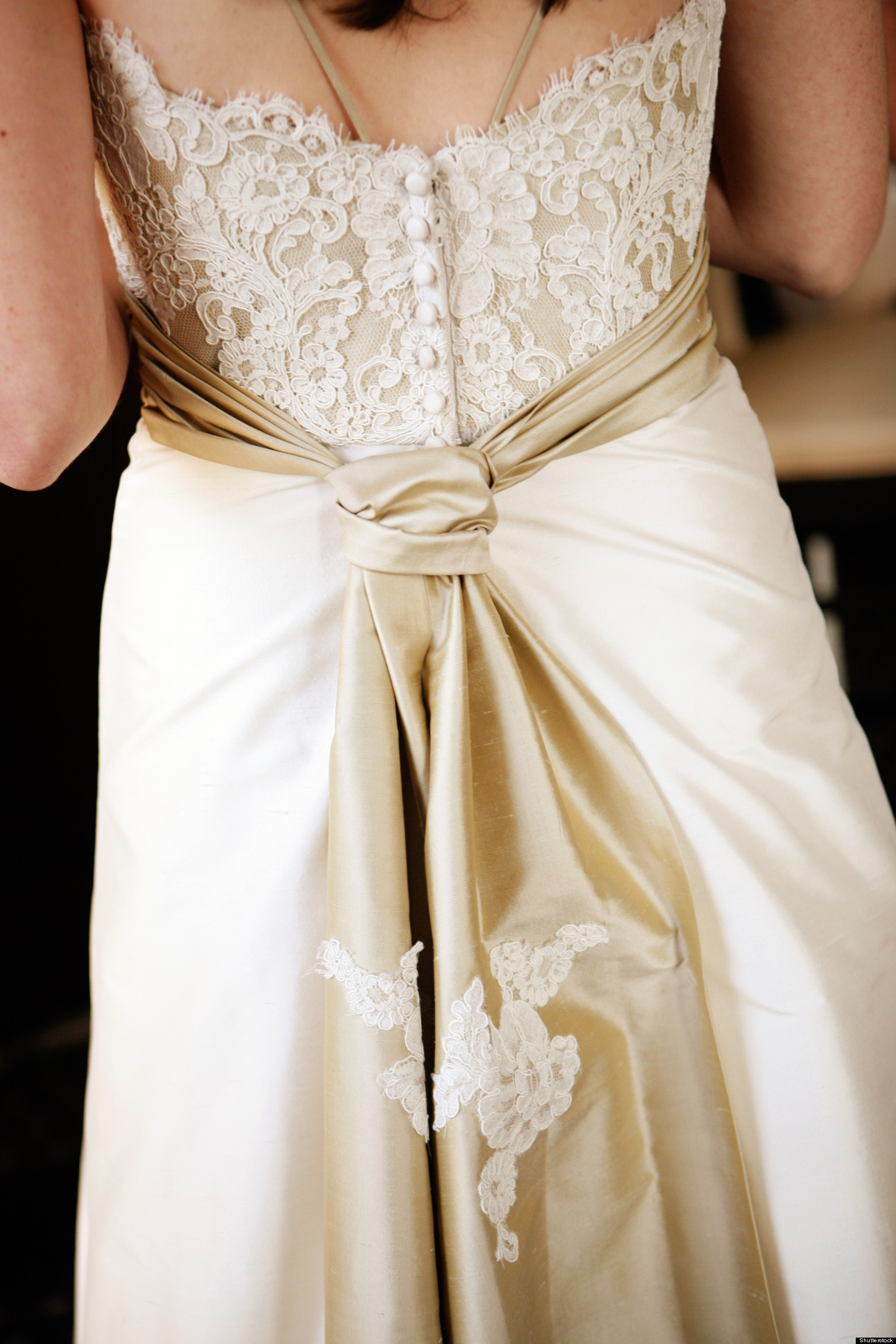 Why i will never wear a satin wedding dress huffpost for Wear to wedding dresses