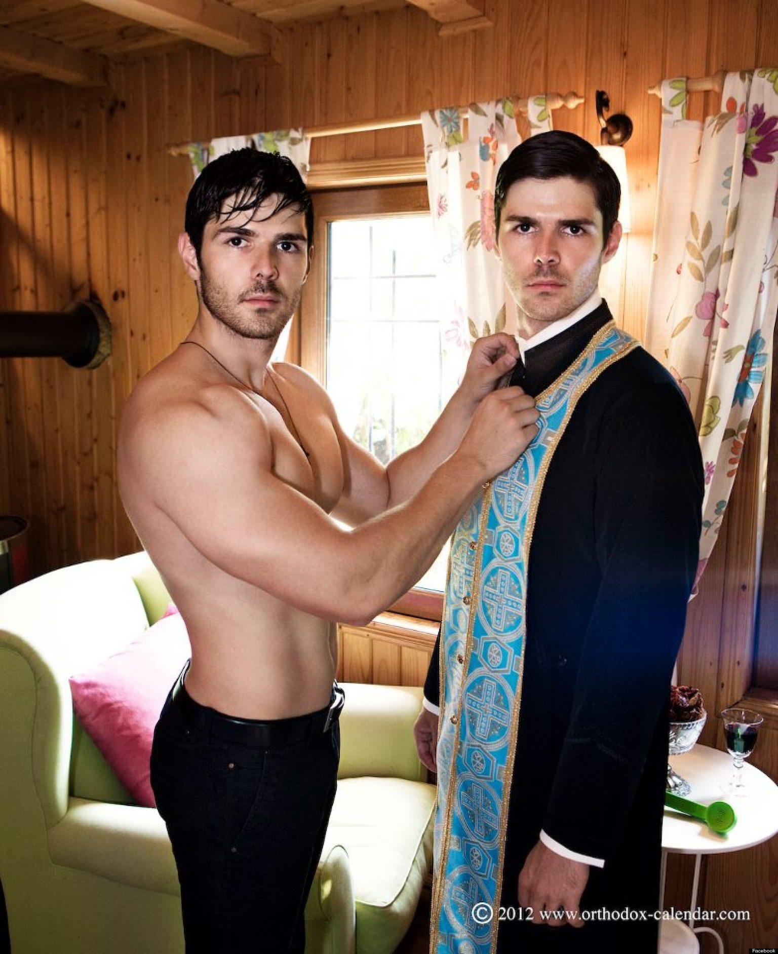 Смотреть разрешенные фильмы с гей мужчинами его