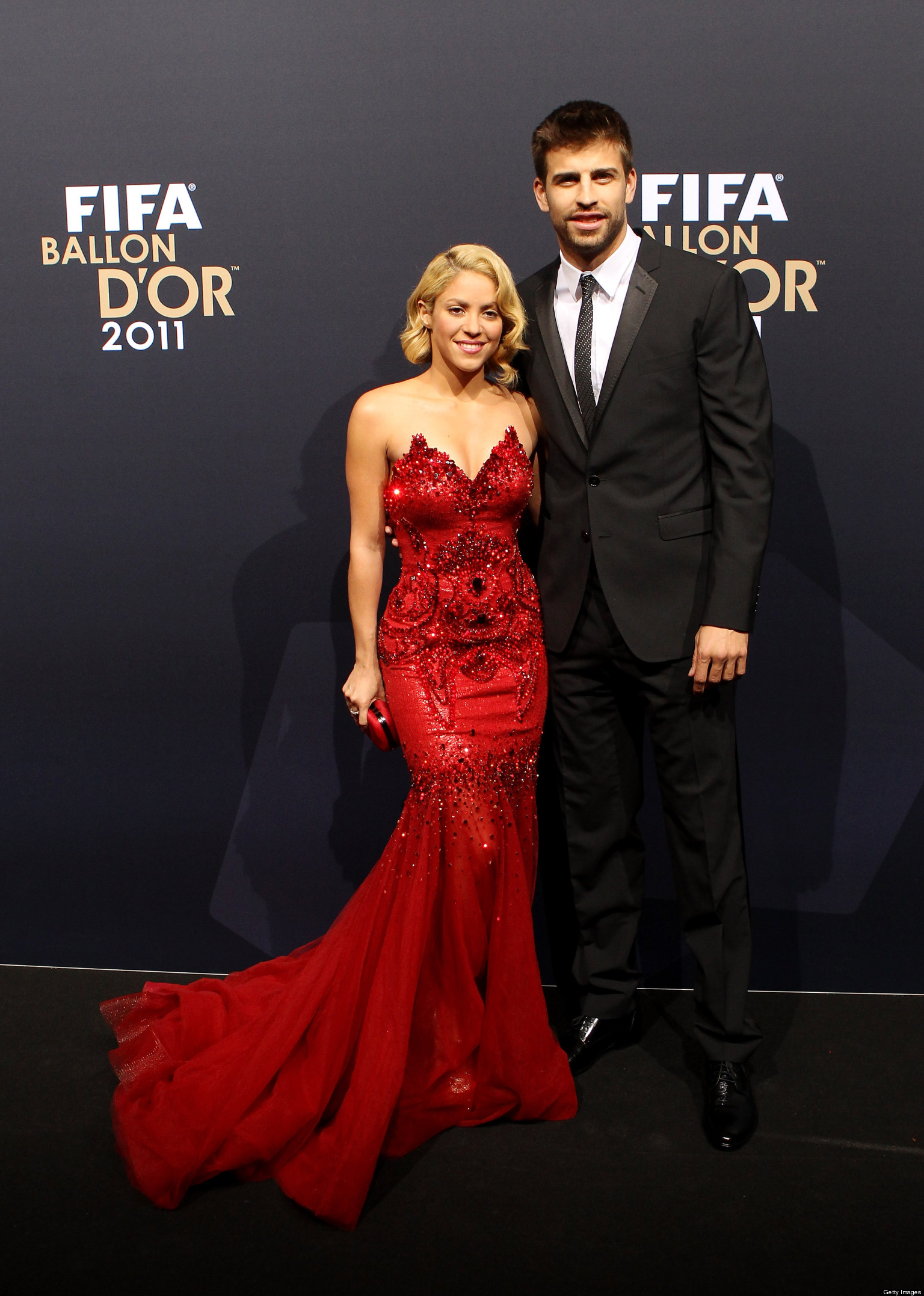 Shakira+and+Pique+2012 Shakira And Gerard Pique Welcome Baby Boy ...