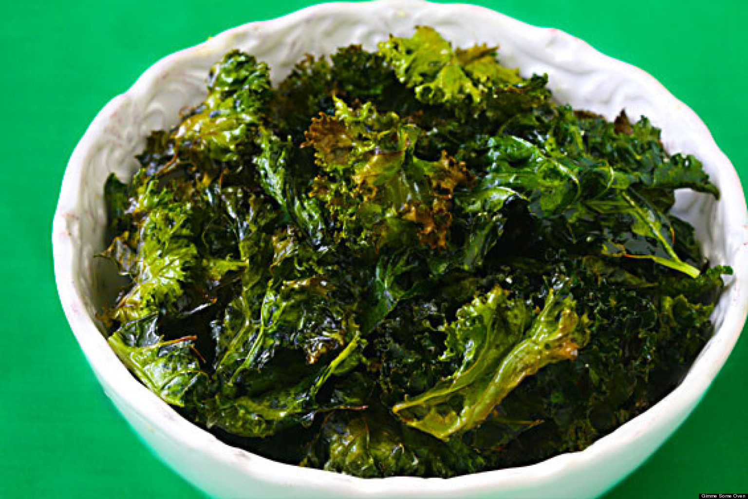 Kale Chips Recipe: Bake Your Own, Trust Us